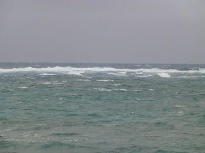 海辺の宿の沖